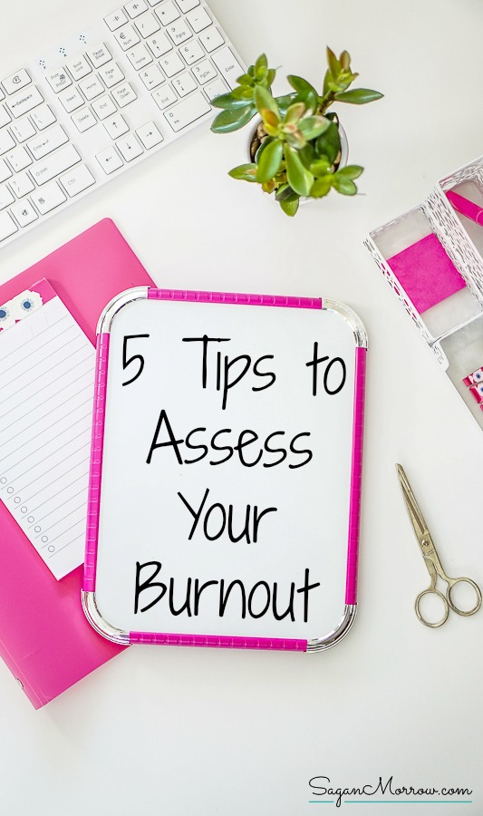 Feeling burned out? This article includes a burnout assessment so you can get to the bottom of WHY you are burned out and identify strategies to deal with it! Burnout can lead to lowered productivity and decreased mental health. Managing burnout will help you be happier AND improve your quality of work! Click on over to get the burnout management tips now --- how to mange burnout -- homebased business tips