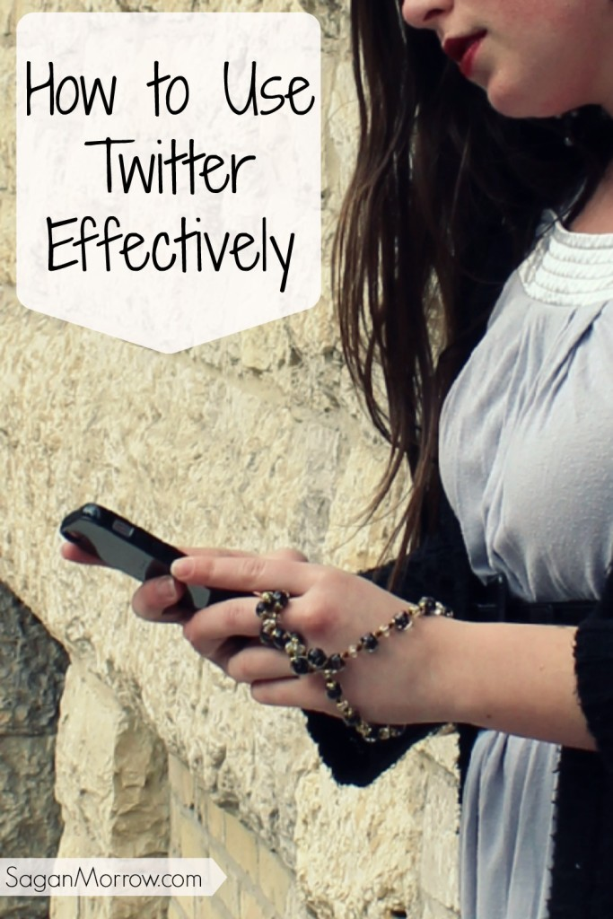 Find out how to use Twitter effectively with these answers to 4 Twitter questions from a Twitter expert! Twitter 101 ~ social media tips ~ what you need to know about Twitter